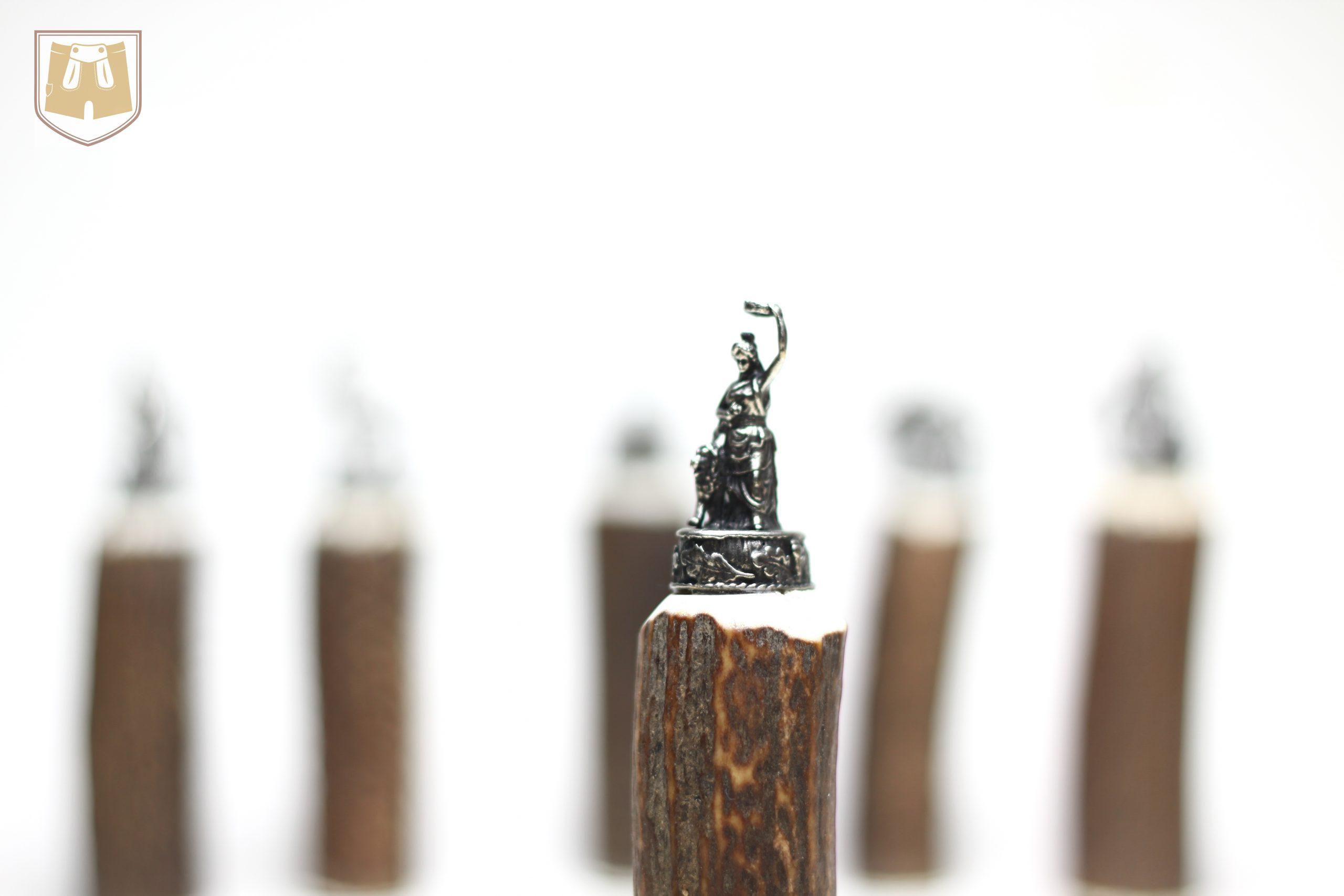 Trachtenmesser mit Hirschhorngriff und versilberter Abschlussfigur Bavaria
